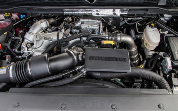 2020 GMC Sierra 2500HD Crew Cab Diesel Engine
