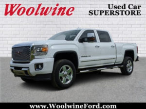 2015 GMC Sierra 2500HD Denali With Available WiFi Crew Cab