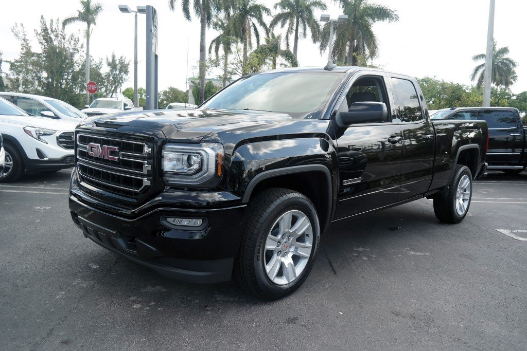 New 2018 GMC Sierra 1500 Double Cab Extended Cab Pickup In